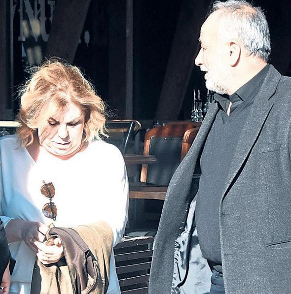 Arda Turan'ın annesi ve babası