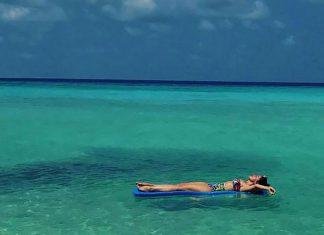 Hadise Maldivler'de tatil yapıyor