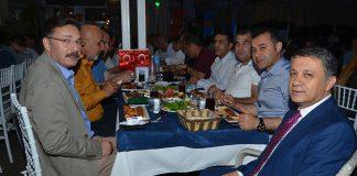 AGC'den kalabalık iftar