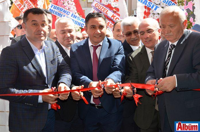 Türkmenoğlu Baklava&Dondurma açıldı