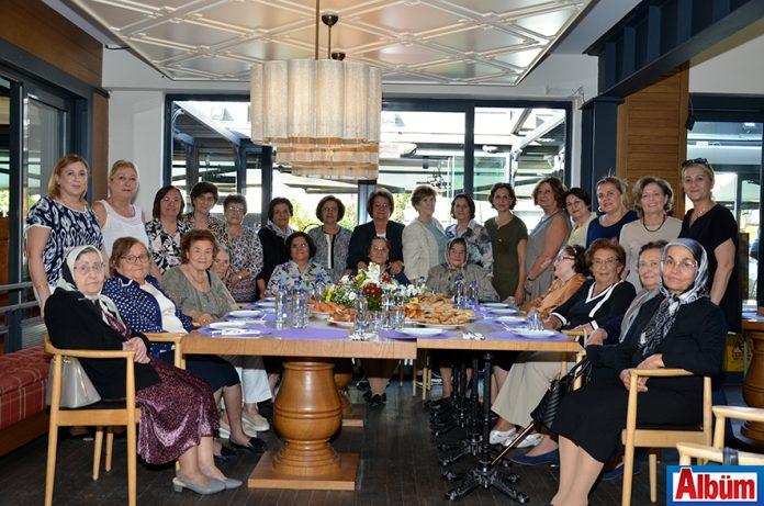 Alanya Kadınları Yardımlaşma Derneği düzenlediği etkinlikle 70'li yılların kabul günü dostlarını biraraya getirdi