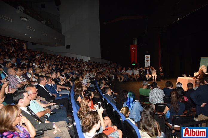 II. INES Uluslararası Akademik Araştırmalar Kongresi kapsamında Alanya'da bulunan ünlü tarihçi Prof. Dr. İlber Ortaylı, Alanya Kültür Merkezi'nde (AKM) 'Kerkük ve Musul Meselesi' konulu konferans verdi.
