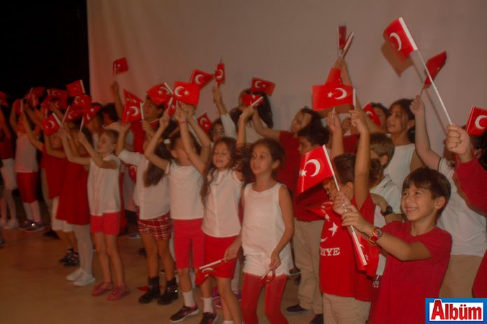 Doğa Koleji Alanya Cumhuriyet Bayramı kutlaması