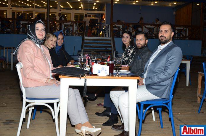 Diş Hekimi İbrahim Türker ve Diş Hekimi Sinan Yücel ortaklığında hizmet veren İbrahim Türker Diş Kliniği kuruluşunun 2. yılını düzenlenen şık bir akşam yemeğiyle kutladı.
