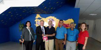 Yaşlılar Günü kapsamında Alanya Sosyal Güvenlik Kurumu (SGK) İlçe Müdürlüğü, Huzurevi'ni ziyaret etti.