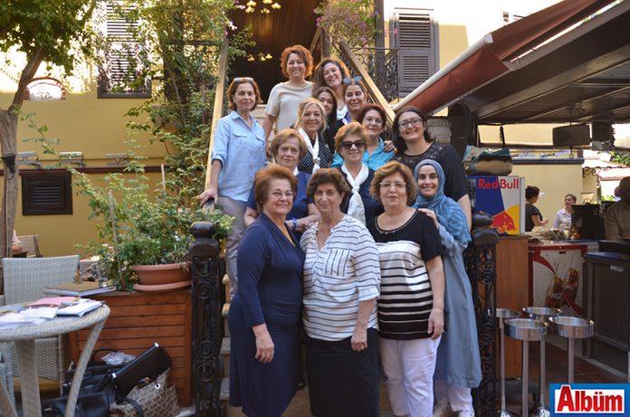 Alanya Kadınları Yardımlaşma Derneği, geleneksel olarak her yıl düzenlenen aşure ve kavurma gününü gerçekleştirdi.