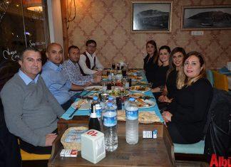 Sema Eray Erdem Ortaokulu, Abdurrahman Alaattinoğlu Ortaokulu, Rüzgar Gülü Kreş ve Melahat Seher İlkokulu öğretmenleri 24 Kasım Öğretmenler Günü'nü kutlamak için bir araya geldi.