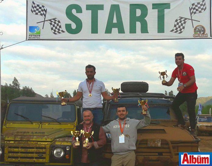Muğla'nın Fethiye ilçesinde gerçekleşen 1.Off Road Şenliği'ne katılan Alanya Off-Road Kulübü kupa koleksiyonuna yenilerini ekledi.