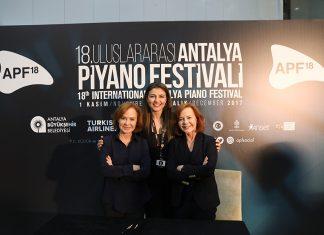 Dünyaca ünlü şef Leonard Slatkin Antalya'daydı