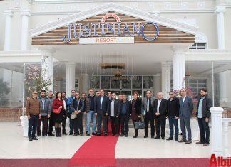 Alanya Turistik İşletmeciler Derneği (ALTİD) Yönetim Kurulu üyeleri, Alara Turizm Yatırımcıları Derneği (ALTUYAB) ve İncekum Turistik Otelciler Derneği (İNTOD) bölgesel toplantılarına katıldı.