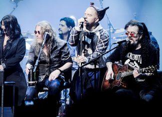 Pentagram akustik turnesini muhteşem bir konserle tamamladı