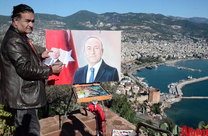 Rus vatandaşı Azerbaycan Türkü Ressam Eldar Zeynalov, 'Tek Millet İki Devlet' isimli Alanya'daki 3. sergisini açtı.
