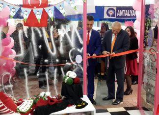 Süslü Püslü Tuhafiye Çeyiz Tekstil açıldı