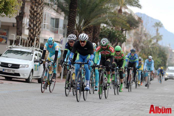 Alanya'nın ev sahipliği ile 18 Şubat Pazar günü yapılacak olan Grand Prix Alanya Uluslararası 1.2 Yol Yarışı'nda 15 ülke 25 takımdan 175 sporcu pedal çevirecek.