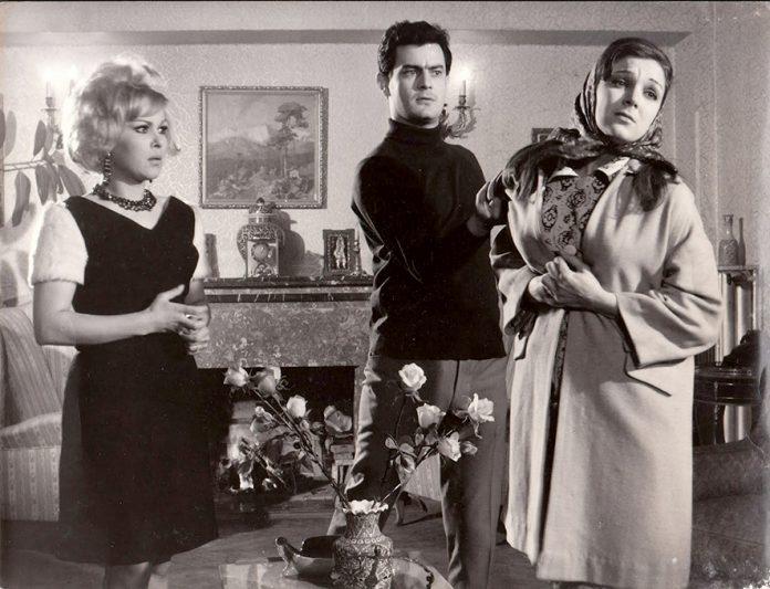 Oynadığı Yeşilçam filmlerinde kötü karakteri canlandıran usta oyuncu Suzan Avcı, ağır bir enfeksiyon sonucu hastaneye kaldırıldı.