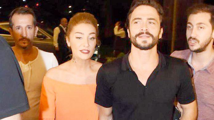 Ünlü oyuncu Ahmet Kural verdiği röportajda ayrıldığı sevgilisi Sıla'yı üzecek bir itirafta bulundu. Oyuncu Kural,
