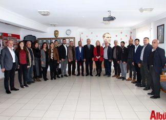 Alanya Kent Konseyi Yürütme Kurulu, Nurhan Özcan başkanlığında odalar ve siyasi partilerin başkanlarını ziyaret ederek tebriklerini iletti.