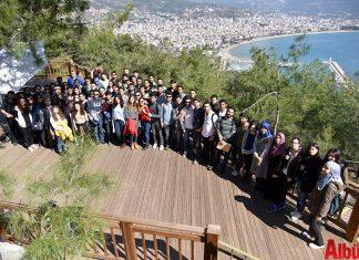 Alanya Belediye Başkanı Adem Murat Yücel'in Alanya'da hayata geçirdiği ve hedeflediği projeler, üniversitelerde ders konusu oldu.