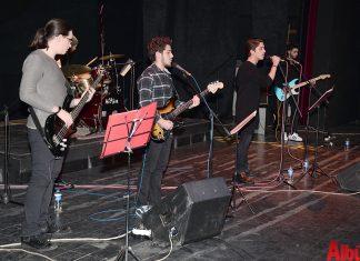 Hasan Çolak Anadolu Lisesi öğrencileri tarafından Mehmetçik Vakfı yararına konser düzenlendi.