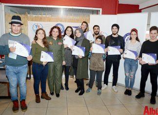 Gençlik ve Spor Bakanlığı'nın Gençlik Projeleri Destek Programı (GPDP) kapsamında desteklenen 'Engelsiz Yaşam Güçlü Gelecek Projesi'ne destek veren Türk Hava Kurumu'nun (THK) 'Model Uçak Kursu'nu tamamlayanlara sertifikaları verildi.