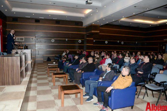 Alanya Ticaret ve Sanayi Odası (ALTSO) Akademi'nin 2018 yılı birinci dönem kişisel gelişim seminerleri Eğitimci İhsan Ataöv'ün katıldığı 'Kişisel İmaj ve Kurumsal Temsil' semineriyle başladı. ALTSO Konferans Salonu'ndaki seminere birçok vatandaş katıldı.