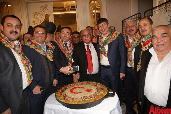 Antalya Büyükşehir Belediye Başkanı Menderes Türel 3'ncü Yörük Çalıştayı'nda yaptığı konuşmada Yörük kültürünün millete bir miras değil bir emanet olduğuna dikkat çekti.