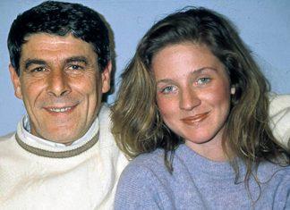 Türkiye'de 1989-2002 yılları arasında yayınlanan 'Bizimkiler' dizisinin Kapıcı Cafer'i Ercan Yazgan, tedavi gördüğü hastanede yaşamını yitirdi.
