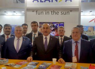 Alanyalı Dışişleri Bakanı Mevlüt Çavuşoğlu, ITB Berlin Fuarı'nda Alanya standını ziyaret etti.