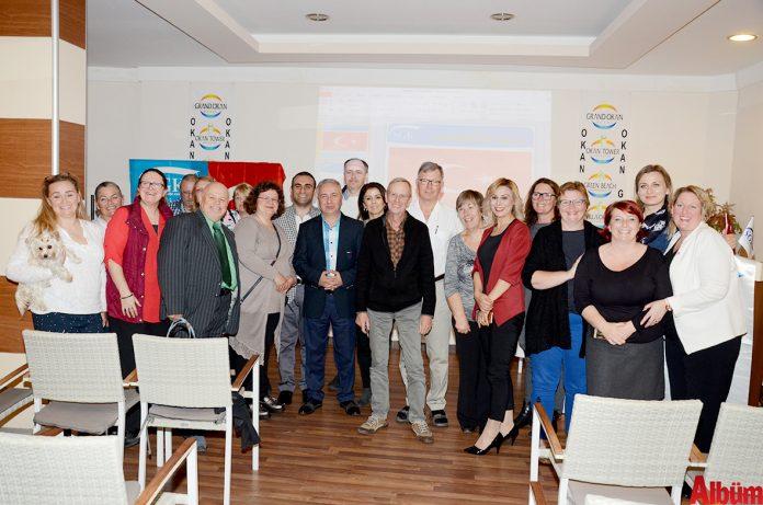 Sosyal Güvenlik Kurumu (SGK) Alanya Müdürlüğü tarafından Alanya'da yaşayan yabancı uyruklular için bilgilendirme toplantısı düzenlendi.