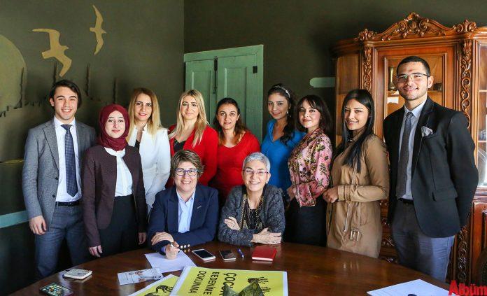 Antalya Barosu Alanya Kadın Hakları Kurulu, kadına şiddet ve çocuk istismarı davalarında gönüllü olarak çalışıyor.