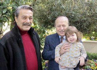 Türk sinemasının usta oyuncusu Kadir İnanır, geçirdiği rahatsızlık nedeniyle yattığı hastaneden taburcu olur olmaz ilk ziyaretini bırakmayan 40 yıllık dostu işadamı Yılmaz Ulusoy'a yaptı.