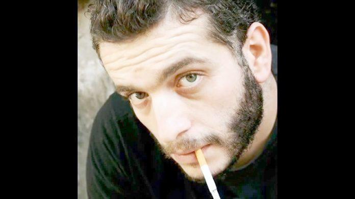 Ünlü oyuncu Murat Cemcir, kendisiyle ilgili öldü söylentilerine isyan etti. Hollanda'da trafik kazası geçirip öldüğü dedikoduları yayılan Murat Cemcir Twitter'dan isyan etti. Cemcir,