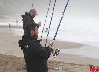 Birinci Alanya Surfcasting (dalgaya karşı yapılan olta atışı) Turnuvası