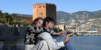 İtalyan top model Marco Castelli, model Ekaterina Feoktistova