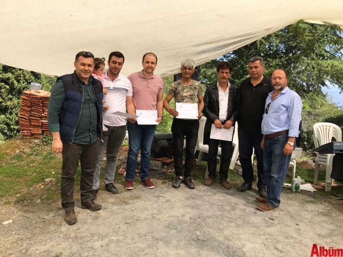 Alanya Avcılar ve Atıcılar Derneği tarafından 'bahar şenliği' adı altında düzenlenen organizasyonda avcılar hem eğlendi hem de 'Avcılık Kursu'nu bitiren kursiyerlere diplomaları verildi.