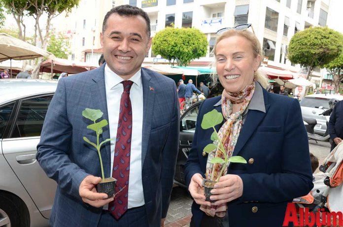 Alanya Belediye Başkanı Adem Murat Yücel, Alanya Kent Konseyi Başkanı Nurhan Özcan