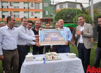 Aytemiz Alanyaspor Kulüp Başkanı Hasna Çavuşoğlu'na sürpriz doğum günü