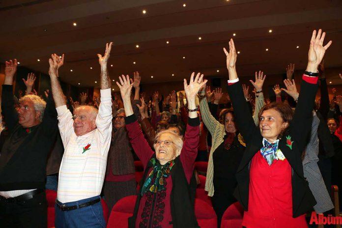 Antalya Büyükşehir Belediyesi, Türkiye'de bir ilki daha gerçekleştirerek, 'Parkinson Okulu'nu hayata geçirdi.
