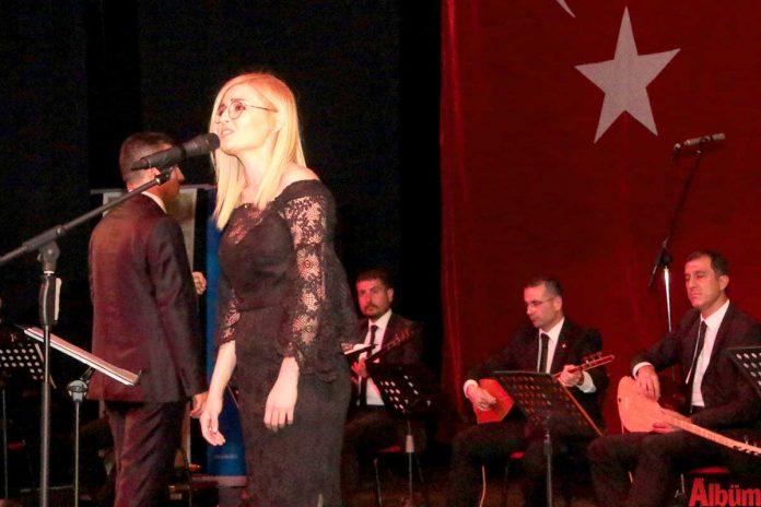 """Büyükşehir Belediyesi İsmail Baha Sürelsan Konservatuvarı, """"Hikayeli Türküler"""" konseri ile unutulmaz bir akşam yaşattı."""