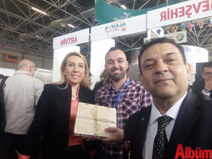 Tiflis Büyükelçiliği Müsteşarı Muteber Kılıç, ALTAV Temsilcisi Tolga Şilil ve Tanıtma Müşaviri İrfan Çiftçi