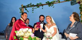 Kahkaha dolu düğün