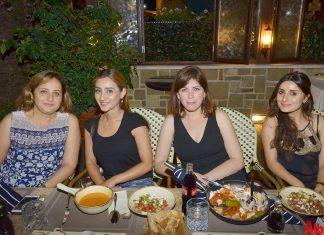 Waldorf Alanya Özel Yaşam Okulları öğretmenleri NO 40 Cafe & Brunch'taki bir araya geldi.