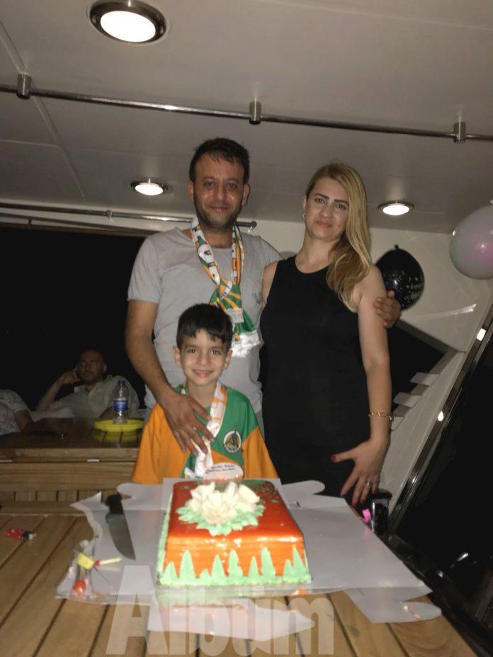 Yat'ta kutlama yaptılar