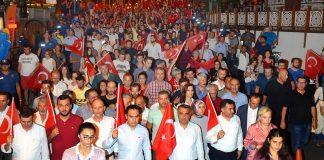 Fener alayına binler katıldı