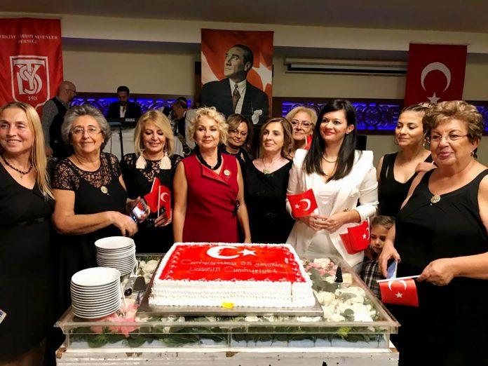 Doğanay Hotel, Türkiye Yardımsevenler Derneği Alanya Şubesi'nin bu yıl il defa düzenlediği Cumhuriyet Balosu'na ev sahipliği yaptı.