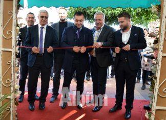Bayramefendi Osmanlı Kahvecisi yenilenen işletme sahipleri ve yeniliklerle hizmete açıldı.