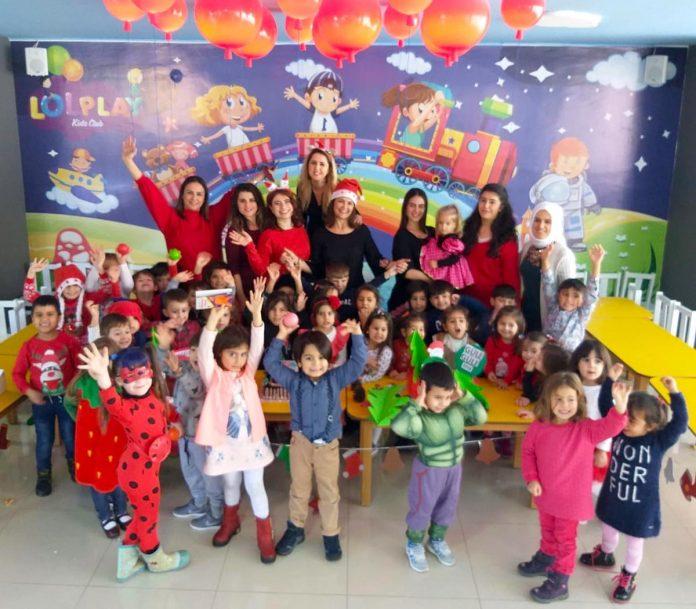 Lol Play, Ekim Oba Park'ta eğitim gören minik öğrencilerin yeni yıl etkinliğine ev sahipliği yaptı.
