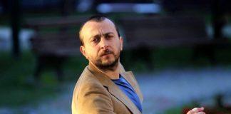 6 Şubat'ta sevgilisi Ali Atay'la nikah masasına oturacak olan Hazal Kaya, kına gecesi yaptı. Ünlü yönetmen Altay, nişanlısı Hazal Kaya'nın kına gecesine baskın yaptı.