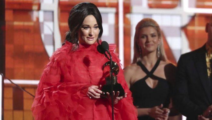 Dünyanın en prestijli müzik ödülü olan Grammy Ödülleri, dün gece Los Angeles'ta Alicia Keys'in sunumuyla sahiplerine verildi.