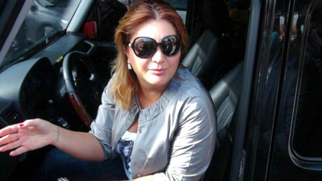 Ünlü şarkıcı Sibel Can'a ikinci el otomobilin sıfır olarak satılması davasında karar çıktı. Mahkeme, aracı satan şirketin sahibine 4 yıl hapis ve 80 bin TL para cezası verdi.
